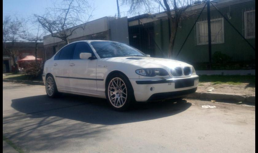 2005 BMW 320 IA 2.2 AT 4P